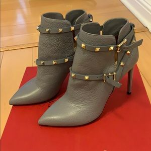 Valentino rockstud stiletto booties - never worn!!